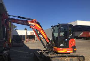 2016 Kubota U55 with 2940 hours
