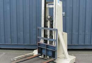 CROWN Electric Walkie Stacker Forklift - 3m High 900kg Capacity