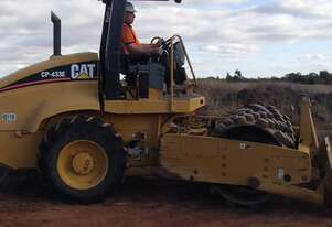 Caterpillar CP-433E Pad Foot For Hire