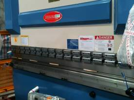 PRESSBRAKE HYDRAULIC 4000MM RANGE - BEST PRICES  - picture6' - Click to enlarge