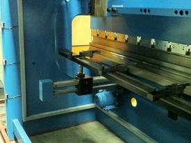 PRESSBRAKE HYDRAULIC 4000MM RANGE - BEST PRICES  - picture4' - Click to enlarge