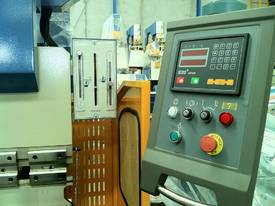 PRESSBRAKE HYDRAULIC 4000MM RANGE - BEST PRICES  - picture8' - Click to enlarge