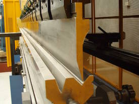 PRESSBRAKE HYDRAULIC 4000MM RANGE - BEST PRICES  - picture7' - Click to enlarge