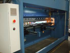 PRESSBRAKE HYDRAULIC 4000MM RANGE - BEST PRICES  - picture9' - Click to enlarge
