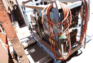 225 amp ac/dc , 8kva power , welding leads , oxy