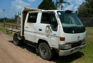 1999 TOYOTA DYNA TIPPER DISMANTLING