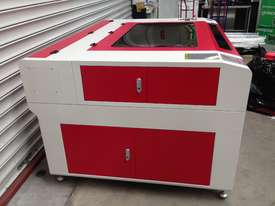 CNC Co2LASER CUTTING MACHINE 130W 900 X 1200 RS1301290 REDSAIL - picture3' - Click to enlarge