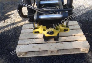 Engcon Rotating quick tilt hitch