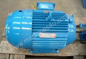 BROOKS 5.5HP 3 PHASE ELECTRIC MOTOR/760RPM