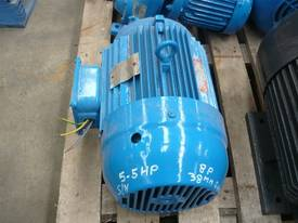 BROOKS 5.5HP 3 PHASE ELECTRIC MOTOR/760RPM - picture1' - Click to enlarge