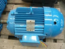 BROOKS 5.5HP 3 PHASE ELECTRIC MOTOR/760RPM - picture2' - Click to enlarge