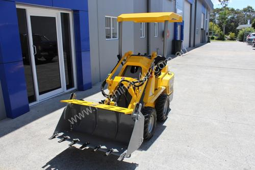 Brand New Low Price Ozziquip PUMA Mini Loader