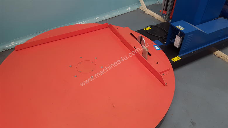 Pallet wrapping machine as new fully automatic