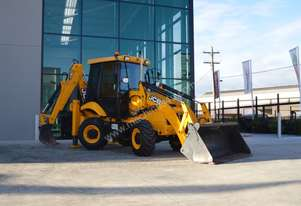 2013 JCB 2CX - low hours, buckets