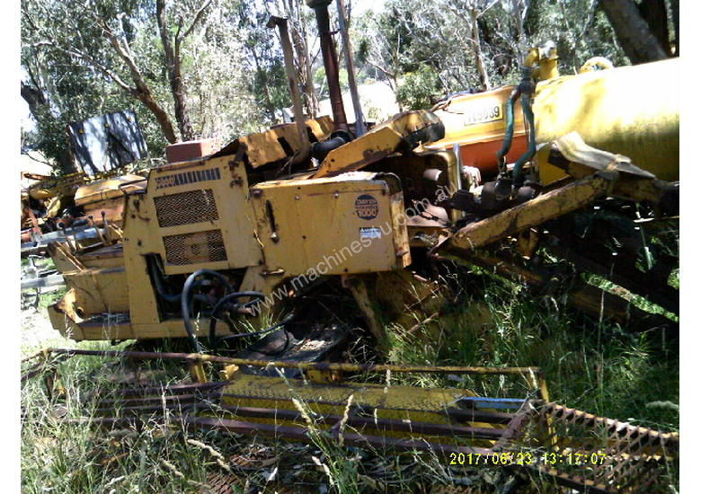task force 1000 ,60hp , track mounted trencher , belt conveyor