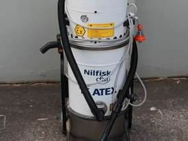 Industrial Vacuum Cleaner - picture0' - Click to enlarge
