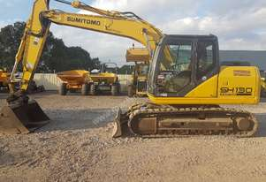 2011 SUMITOMO SH130-5 EXCAVATOR WITH LOW 3650 HOURS AND ALL BUCKETS
