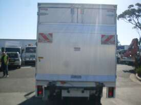 Hino 616 - 300 Series Pantech Truck - picture8' - Click to enlarge