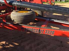 Bourgault  Air Seeder Seeding/Planting Equip - picture0' - Click to enlarge