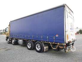 SCANIA G440 Tautliner Truck - picture3' - Click to enlarge