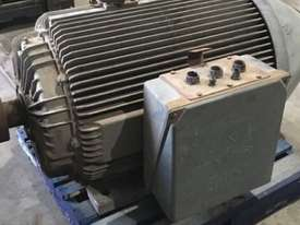 220 kw 300 hp 8 pole 415 volt IP66 AC Electric Motor - picture0' - Click to enlarge