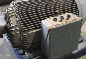 220 kw 300 hp 8 pole 415 volt IP66 AC Electric Motor
