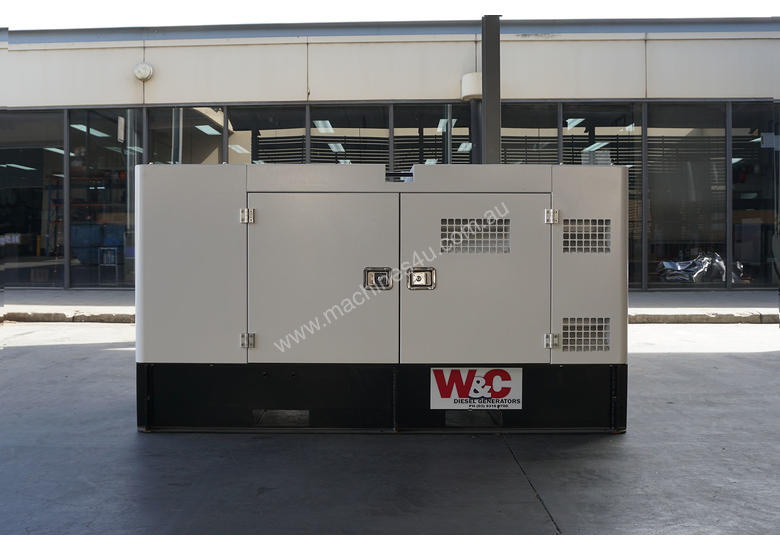 30kVA, 3 Phase, Standby Diesel Generator with Kubota Engine in Canopy