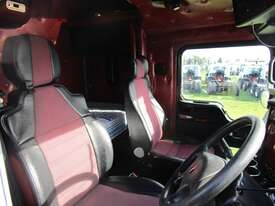 Kenworth T403  Primemover Truck - picture14' - Click to enlarge