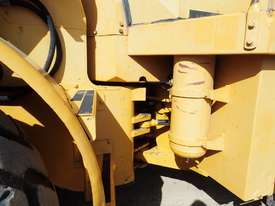 Caterpillar 966C Loader - picture8' - Click to enlarge
