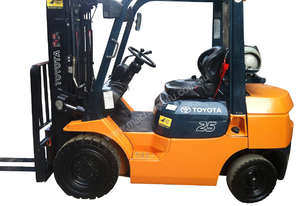 Toyota 2.5T Gas Forklift for HIRE from $200pw + GST