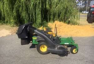 John Deere Z425 Zero Turn Lawn Equipment