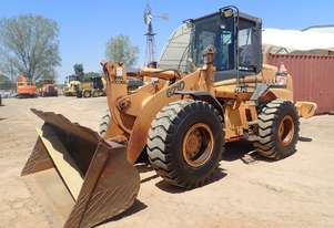 Case   621D Wheel Loader