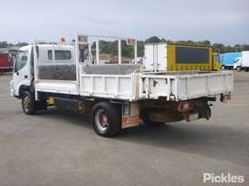 2002 Hino DUTRO - picture5' - Click to enlarge