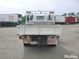 2002 Hino DUTRO - picture6' - Click to enlarge