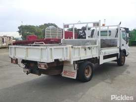 2002 Hino DUTRO - picture7' - Click to enlarge