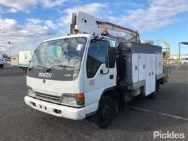 2004 Isuzu NQR450 - picture2' - Click to enlarge