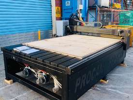 Procam Tekcel CNC Router Machine with Auto Tool Change and Vacuum Table - 2.4m x 1.8m - picture5' - Click to enlarge