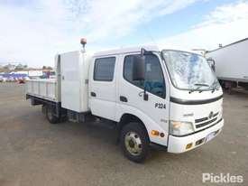 2010 Hino 300 816 - picture0' - Click to enlarge