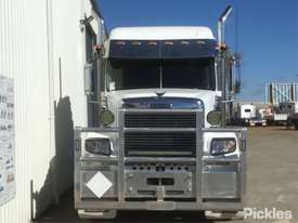 2013 Freightliner Coronado - picture1' - Click to enlarge