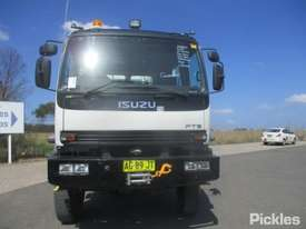 2004 Isuzu FTS750 - picture1' - Click to enlarge