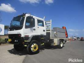 2004 Isuzu FTS750 - picture2' - Click to enlarge