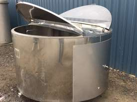 1,350ltr Jacketed Stainless Steel Tank - picture2' - Click to enlarge