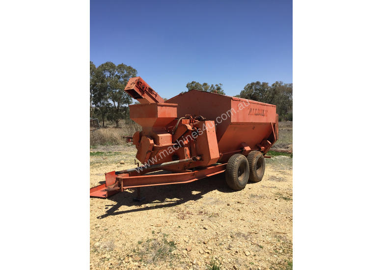 ALLBULK Mammoth Feeder Livestock Equip