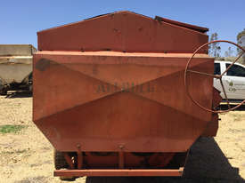 ALLBULK Mammoth Feeder Livestock Equip - picture2' - Click to enlarge