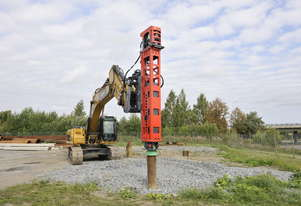 EXCAVATOR MOUNTED PILING HAMMERS