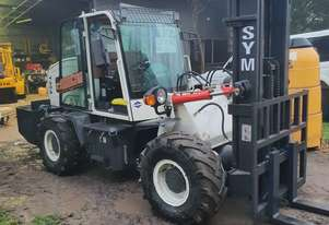 Forklift  4X4 diesel 75hp all terrain container mast