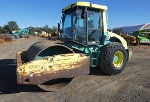 Ammann ASC150 Smooth Drum Roller
