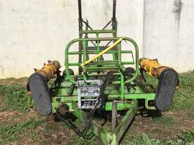 Kerry Sidewinder Bale Feeder - picture1' - Click to enlarge