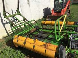 Kerry Sidewinder Bale Feeder - picture2' - Click to enlarge