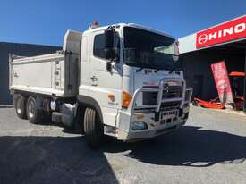 Hino 700 Series FS2844 Tipper - picture0' - Click to enlarge